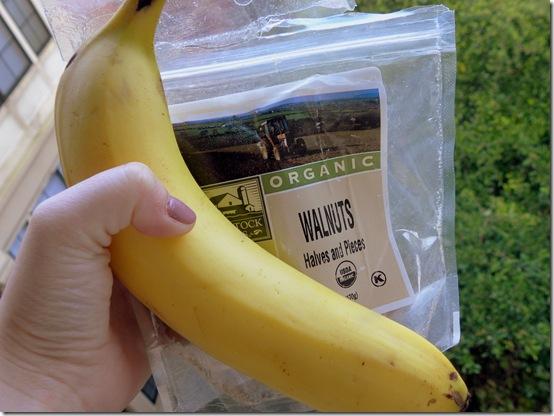 banana and walnuts