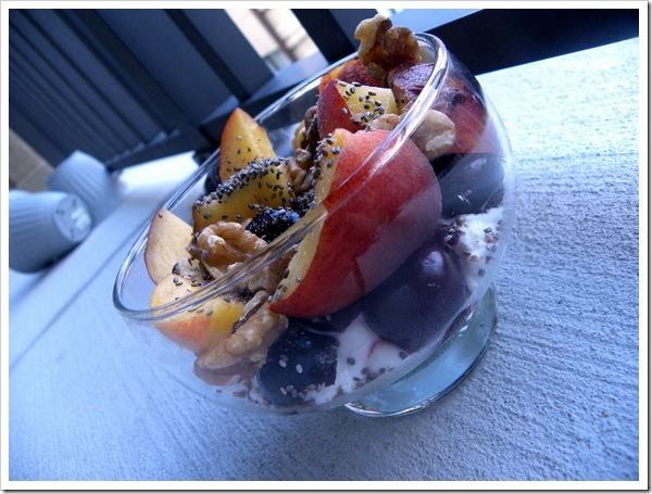 plain yogurt with fruit and nuts